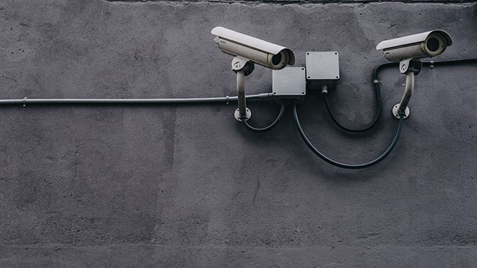 DIY Home Security vs. Service Providers